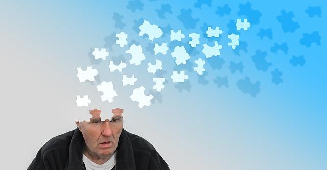 シニア男性の頭部がパズルのイラストになっている