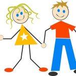 手を繋ぐ家族のイラスト